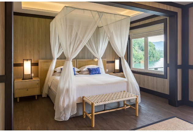 Luxury Cottages, bedroom
